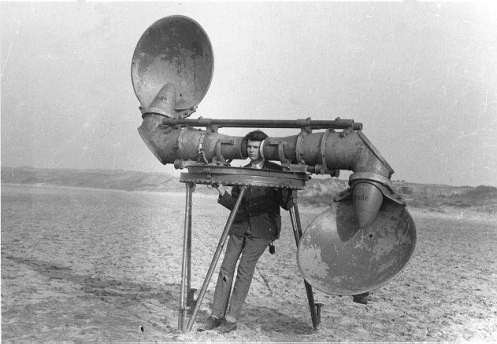 That's not how you listen to music on the Cloud.